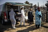'A concentration of death': Virus ravages S.Africa care home