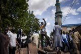 Mali crisis mediators fail to win over opposition