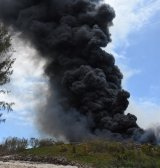 Landfill fire's toxic fumes force the closure of 8 schools and industrial estate on Seychelles' main (...)